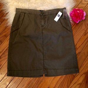 NWT Gap Skirt 8